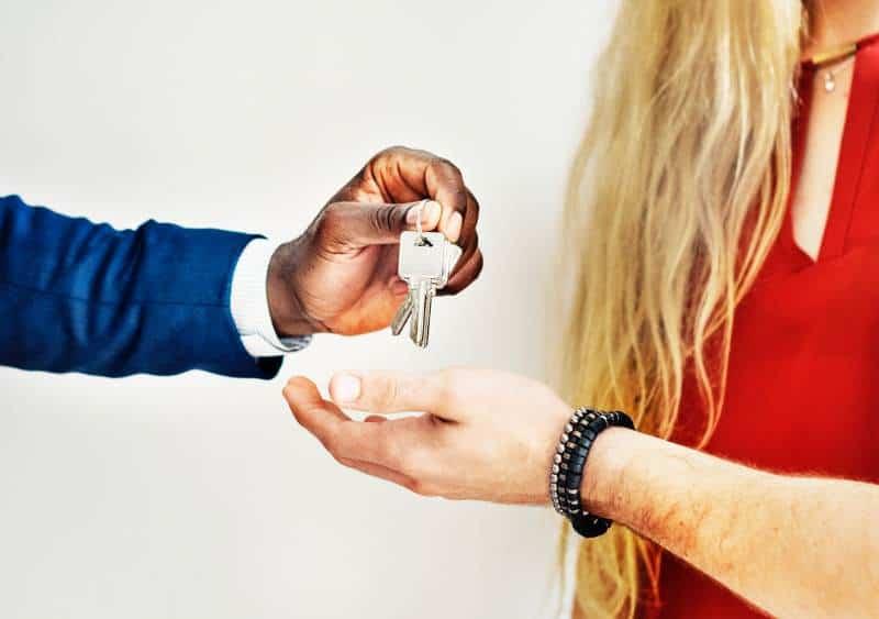 Beachten Sie wichtige Tipps vor dem Kauf des ersten Hauses